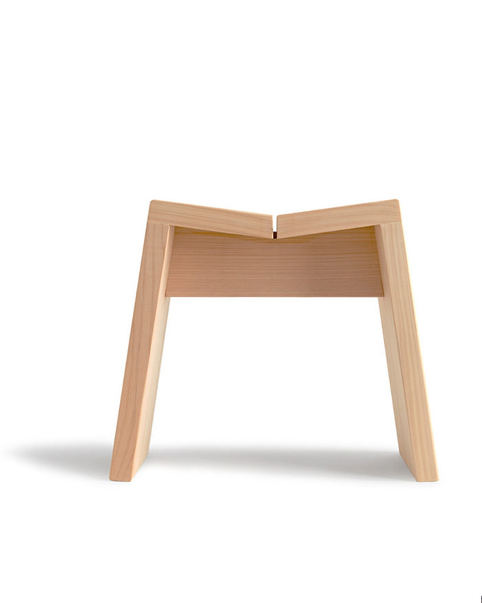 Hinoki bath stool by Kiso Lifestyle Labo